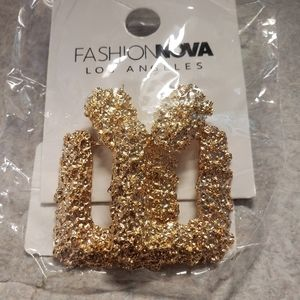 Don't come knocking gold earrings NWT